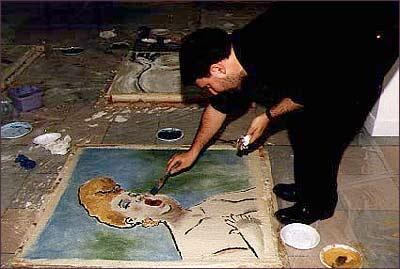Miguelanxo pintando um quadro