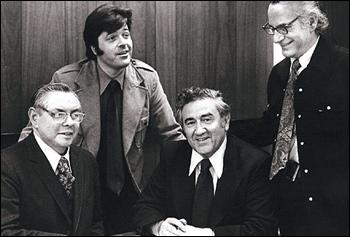 Da esquerda para direita: Joe Shuster, Neal Adams, Jerry Siegel, Jerry Robinson, 1975