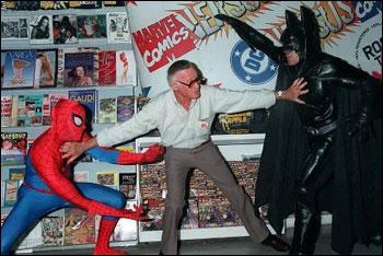 Stan Lee apartando a briga